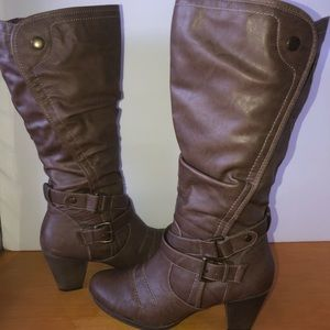 Bare Traps Faze brown heeled leather zip boots 11